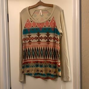Roper native print boho long sleeve tshirt. Sz Med